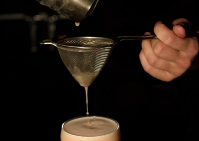 pouring-cocktail